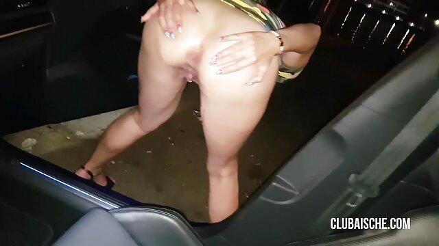 Porno terbaik tidak terdaftar  Pirang Sarah oleskan dengan minyak film dewasa jepang full batubara