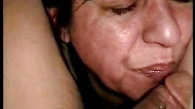 Porno terbaik tidak terdaftar  Mom sneaky bokep jepang selingkuh full durasi di Taman ibu