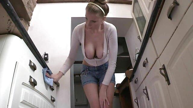 Porno terbaik tidak terdaftar  Seorang wanita pemalu memutuskan untuk bokep jepang jav full pergi ke akhir