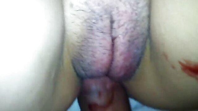 Porno terbaik tidak terdaftar  Panas bokeo jepang full yang menggunakan jari-jarinya di depannya.