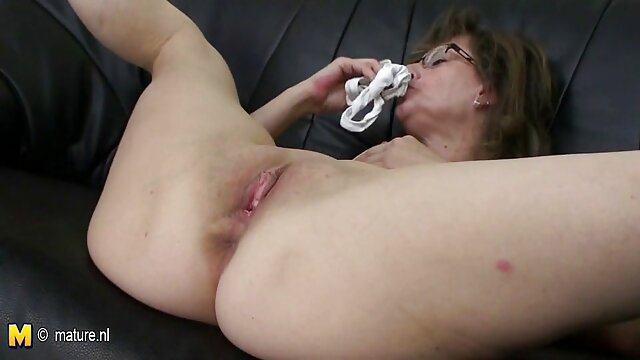 Porno terbaik tidak terdaftar  Seekor tawon besar. bokep jepang full movie hd