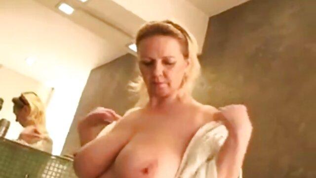 Porno terbaik tidak terdaftar  Double-Rooster di gym adalah besar untuk Anda bokep jepang hd full