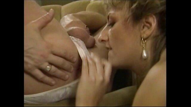 Porno terbaik tidak terdaftar  Bailey ingin bokep jepang full hd no sensor python hitam di pantatnya.