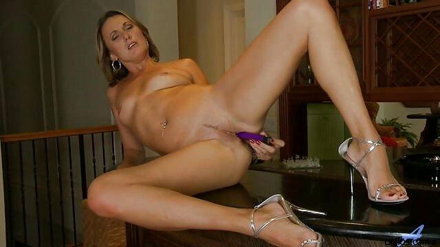 Porno terbaik tidak terdaftar  Deborah gula bokep jepang jav full memiliki pantat yang tidak kembali